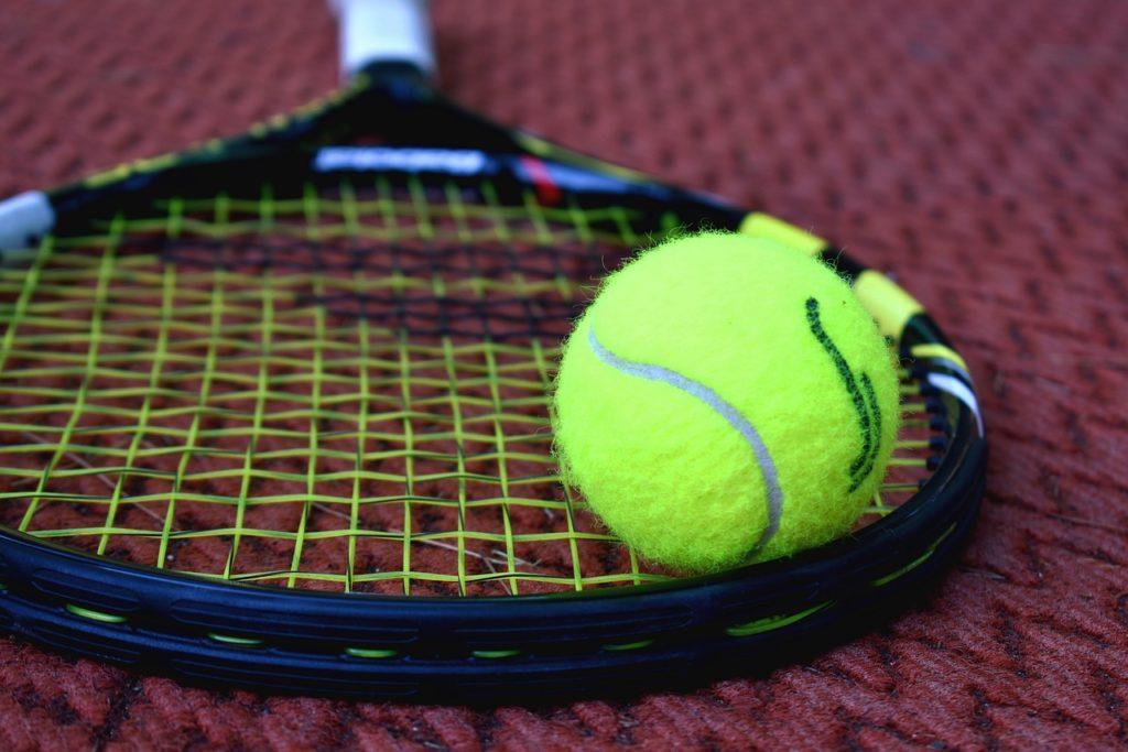 Tenisový turnaj – čtyřhry (amatéři)
